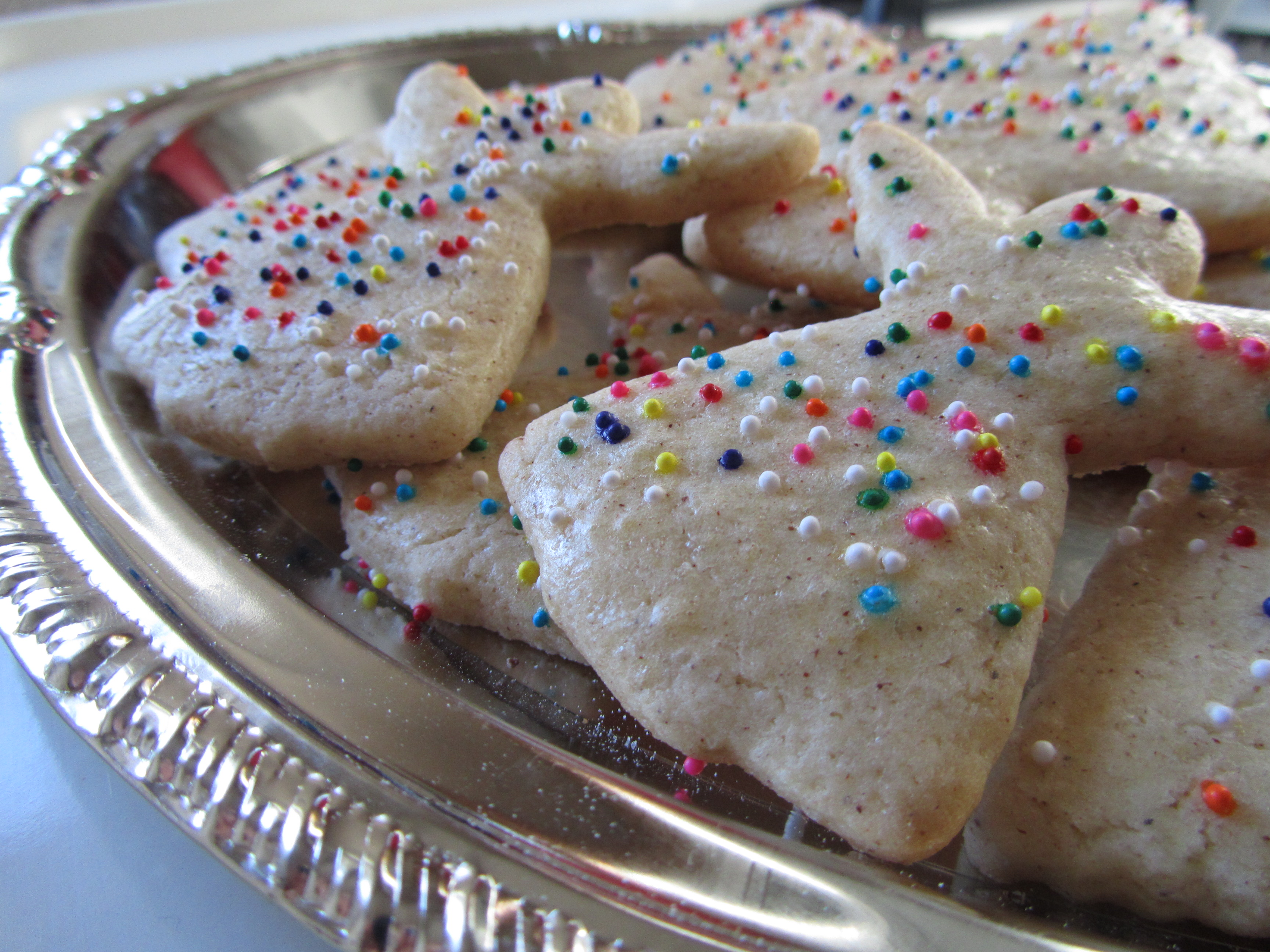 Old Fashioned Sugar Cookies | the purple spoon
