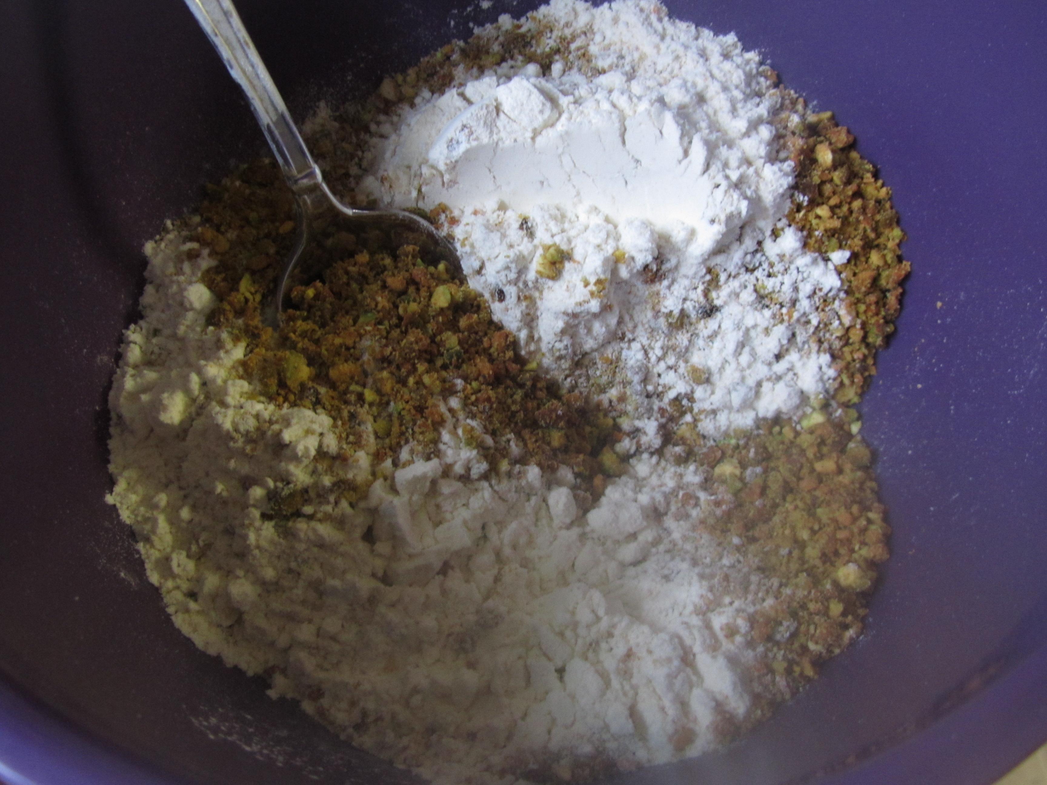 Pistachio Cupcakes with Raspberry Buttercream | the purple spoon