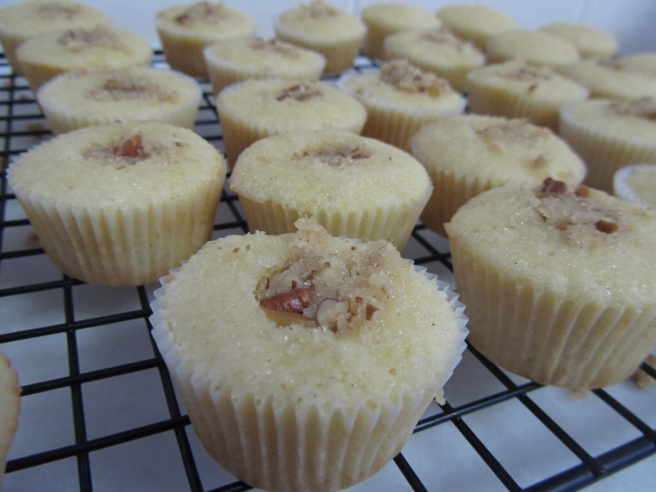 filling the cupcakes with streusel